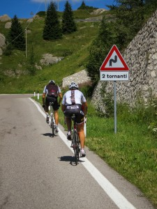 The last 2 hairpins of the Passo Campolongo in front of you