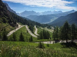 Climbing the Passo Gardena during the Sellaronda Bikeday